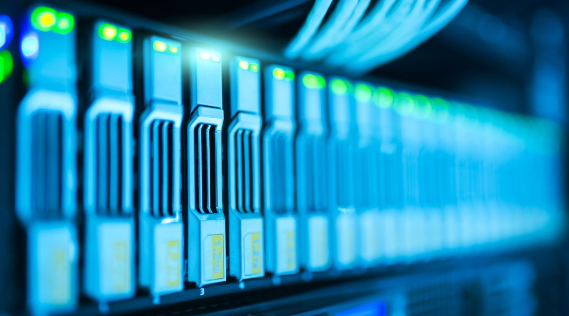 server telecommunications transition to the cloud